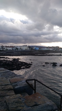 At 40-foot beach, looking back at Sandycove